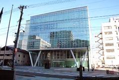 株式会社インテック様<br>インテック本社前ビル ポートラムスクエア
